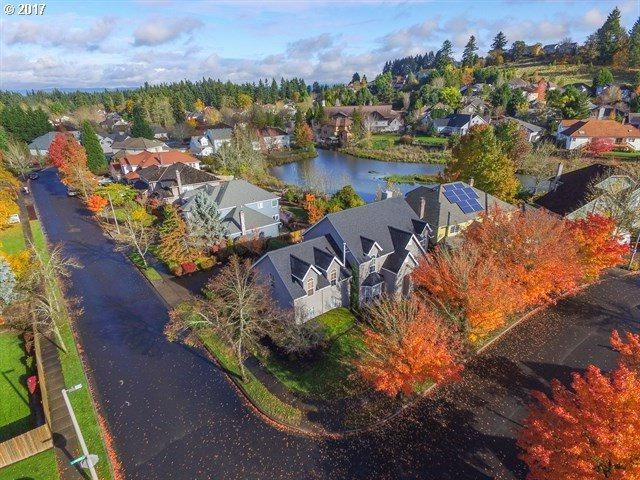 15395 SW Emerald St, Beaverton, OR 97007 (MLS #17294686) :: Next Home Realty Connection
