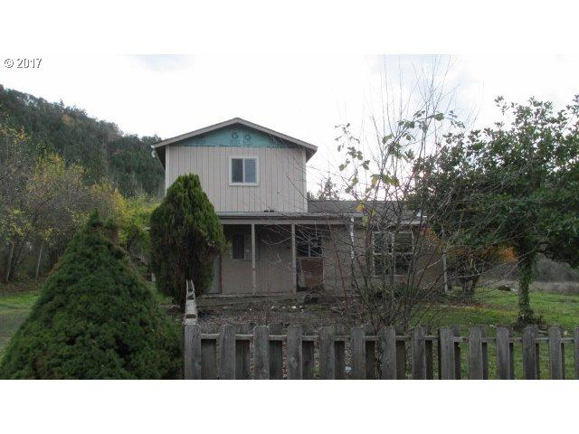 209 Union Gap Loop Rd, Oakland, OR 97462 (MLS #17319693) :: Song Real Estate