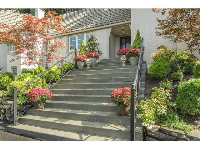 5535 SW Hewett Blvd, Portland, OR 97221 (MLS #17343639) :: Next Home Realty Connection