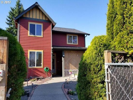 3408 X St, Vancouver, WA 98663 (MLS #17347304) :: Fox Real Estate Group