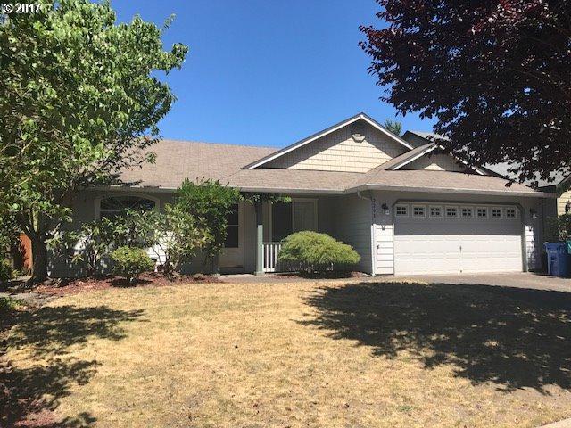 2208 NE 105TH St, Vancouver, WA 98686 (MLS #17350303) :: Cano Real Estate