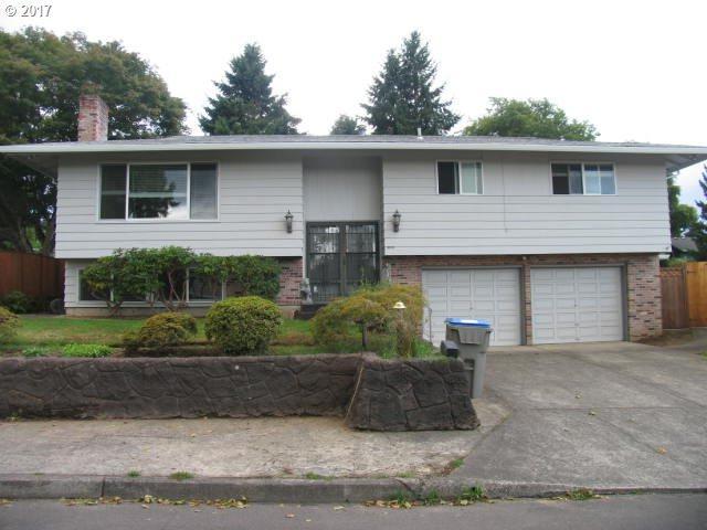 13245 SW Village Glenn Dr, Tigard, OR 97223 (MLS #17369578) :: TLK Group Properties