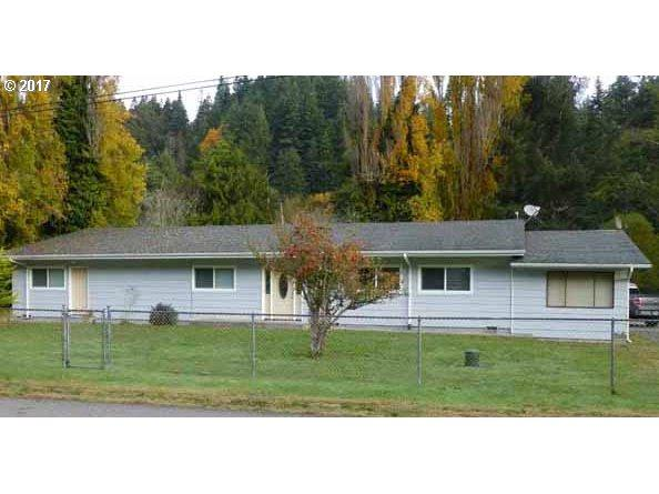 94481 Meyers Rd, Gold Beach, OR 97444 (MLS #17370179) :: Hatch Homes Group
