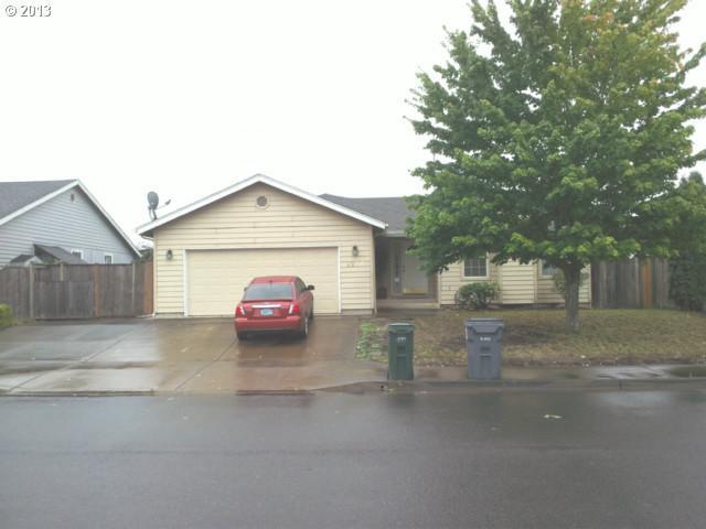 2237 Parker Pl, Eugene, OR 97402 (MLS #17371602) :: Fox Real Estate Group