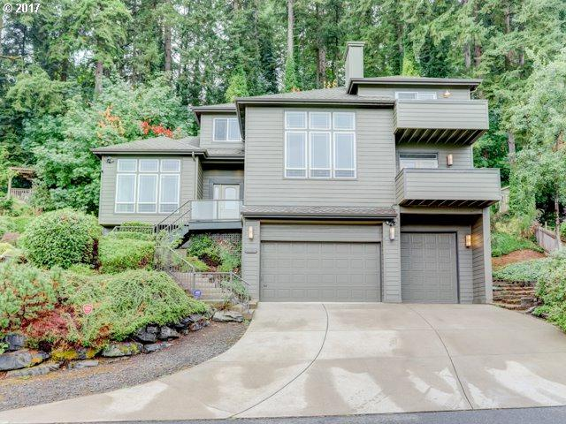 2638 Pimlico Dr, West Linn, OR 97068 (MLS #17407811) :: Hillshire Realty Group