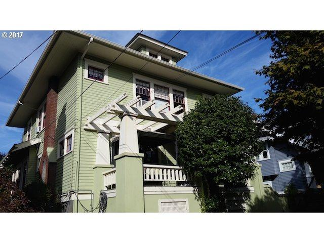4005 NE Glisan St, Portland, OR 97232 (MLS #17421504) :: The Reger Group at Keller Williams Realty
