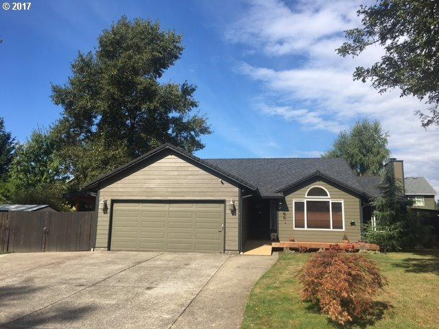 412 NE 12TH St, Battle Ground, WA 98604 (MLS #17433013) :: The Dale Chumbley Group