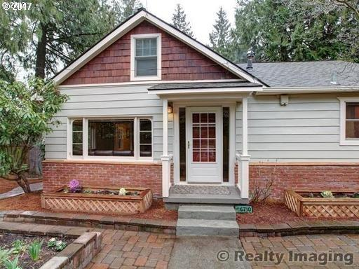 6710 SW 60TH Ave, Portland, OR 97219 (MLS #17478985) :: HomeSmart Realty Group Merritt HomeTeam