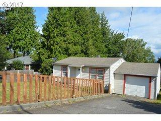 1741 NW Division St, Gresham, OR 97030 (MLS #17488895) :: Fox Real Estate Group