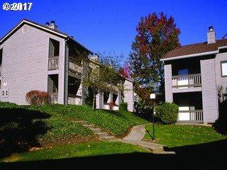 9335 SW 146TH Ter G6, Beaverton, OR 97007 (MLS #17489457) :: Change Realty