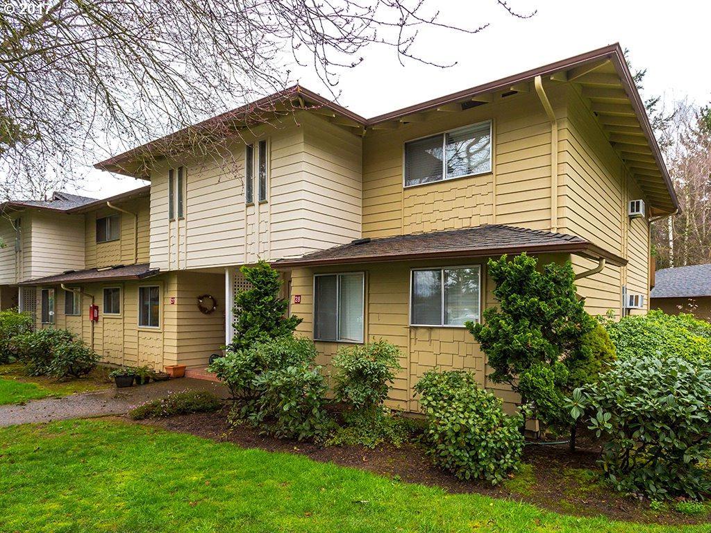 13600 NE 18TH St #28, Vancouver, WA 98684 (MLS #17498032) :: Cano Real Estate