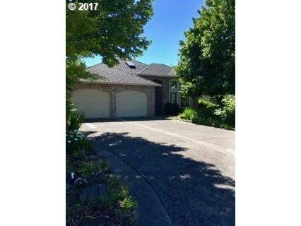 4070 NW Gleneagles Pl, Portland, OR 97229 (MLS #17518600) :: Hatch Homes Group