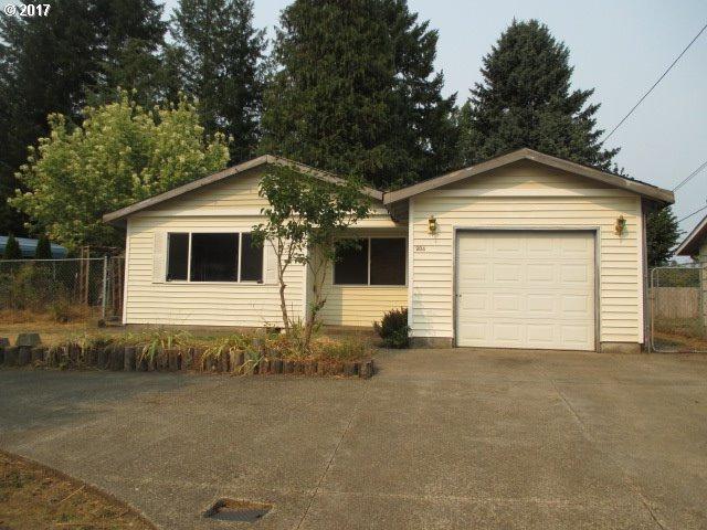 204 W Humphrey St, Yacolt, WA 98675 (MLS #17523710) :: Premiere Property Group LLC