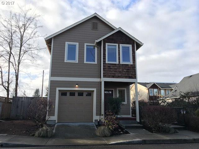 319 NW Adams Ave, Hillsboro, OR 97124 (MLS #17527862) :: Portland Lifestyle Team