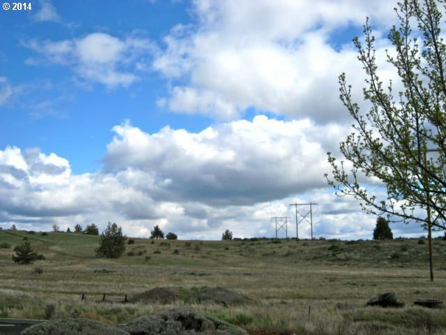 New Way, Klamath Falls, OR 97601 (MLS #17551833) :: Hatch Homes Group
