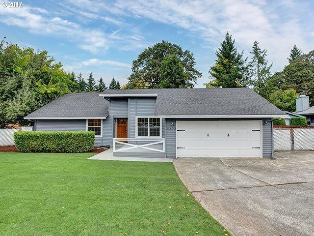 21472 SW Umpqua Ct, Tualatin, OR 97062 (MLS #17553024) :: Beltran Properties at Keller Williams Portland Premiere