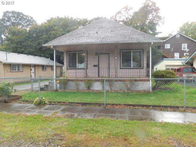 285 4TH, St. Helens, OR 97051 (MLS #17556844) :: Next Home Realty Connection