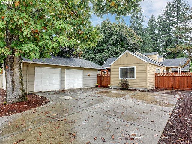 13313 NE 49TH Way, Vancouver, WA 98682 (MLS #17574021) :: HomeSmart Realty Group Merritt HomeTeam