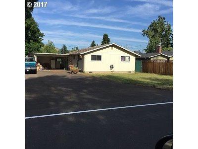 34855 Seavey Loop Rd, Eugene, OR 97405 (MLS #17580614) :: Fox Real Estate Group