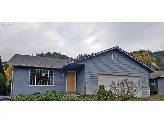 450 Moreland Ave, Drain, OR 97435 (MLS #17587039) :: Premiere Property Group LLC