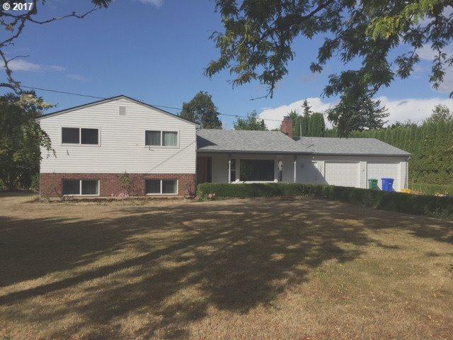 13810 SE Claybourne St, Portland, OR 97236 (MLS #17621149) :: Premiere Property Group LLC