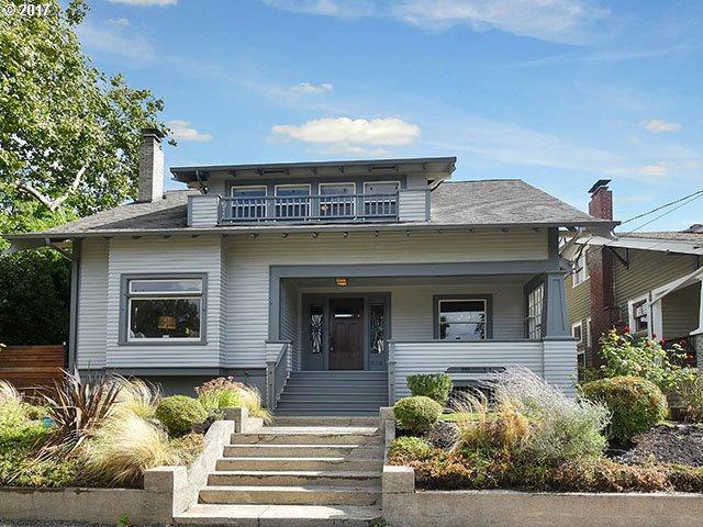616 SE 38TH Ave, Portland, OR 97214 (MLS #17632259) :: Craig Reger Group at Keller Williams Realty