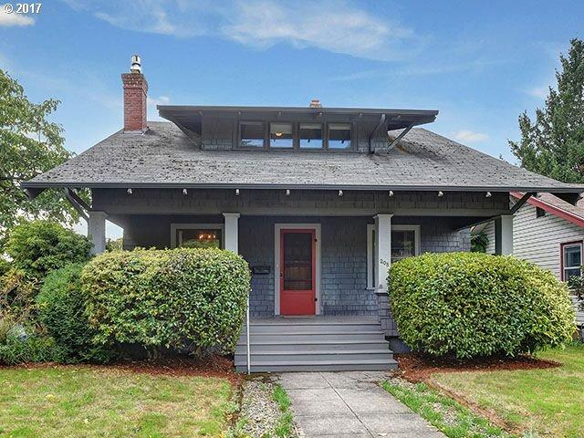205 NE 84TH Ave, Portland, OR 97220 (MLS #17634051) :: Stellar Realty Northwest