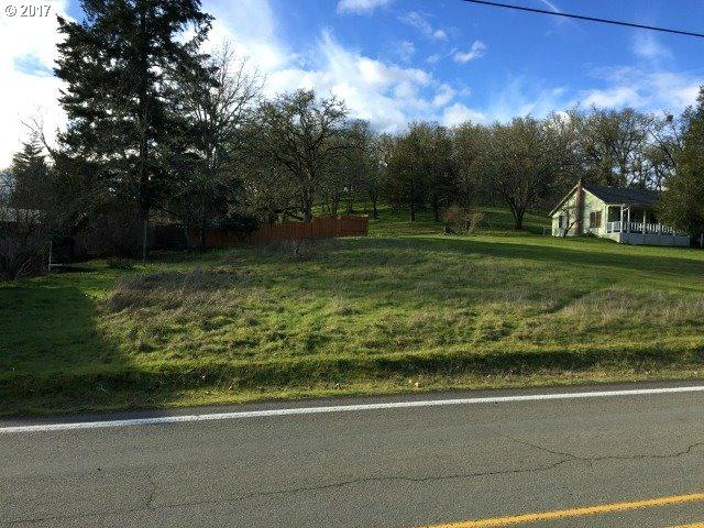 0 Troost St, Roseburg, OR 97471 (MLS #17656678) :: Hatch Homes Group