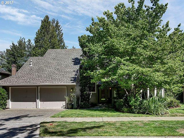18410 Deerbrush Ave, Lake Oswego, OR 97035 (MLS #17686513) :: Change Realty