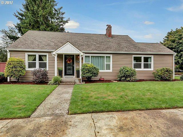 3177 NE 88TH Ave, Portland, OR 97220 (MLS #17691228) :: SellPDX.com