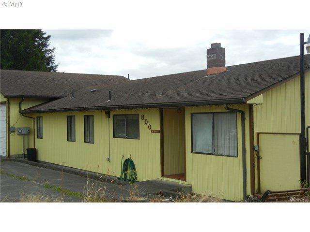 800 Columbia St, Cathlamet, WA 98612 (MLS #17695291) :: Harpole Homes Oregon