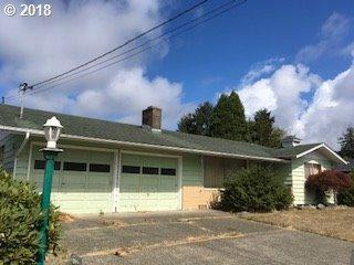 2830 Greenbriar St, Reedsport, OR 97467 (MLS #18016950) :: Stellar Realty Northwest