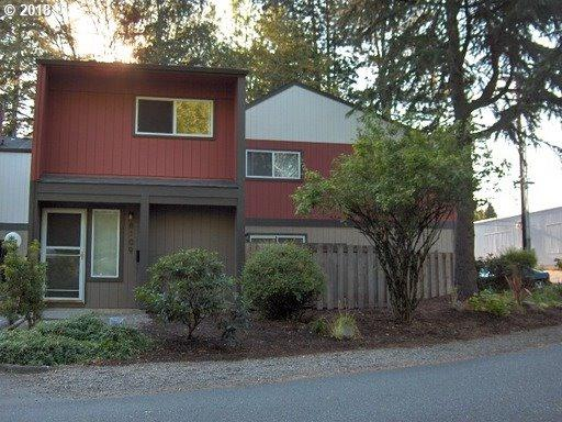 8101 SW 34TH Ave, Portland, OR 97219 (MLS #18031242) :: R&R Properties of Eugene LLC
