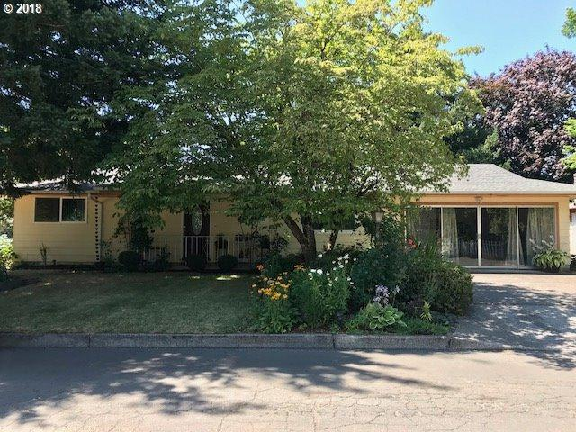 1745 NE Vista Ave, Gresham, OR 97030 (MLS #18044985) :: Stellar Realty Northwest