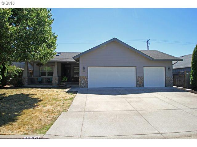 1028 Swenson Ln, Eugene, OR 97404 (MLS #18047894) :: Song Real Estate