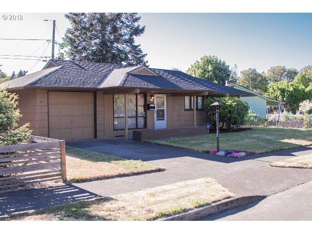 9221 N Kimball Ave, Portland, OR 97203 (MLS #18048004) :: Hatch Homes Group