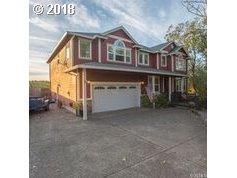 2636 SE Pheasant Way, Gresham, OR 97080 (MLS #18048190) :: Fox Real Estate Group