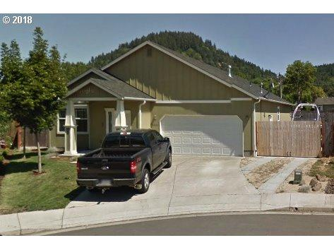 1411 S 58TH St, Springfield, OR 97478 (MLS #18072294) :: The Lynne Gately Team