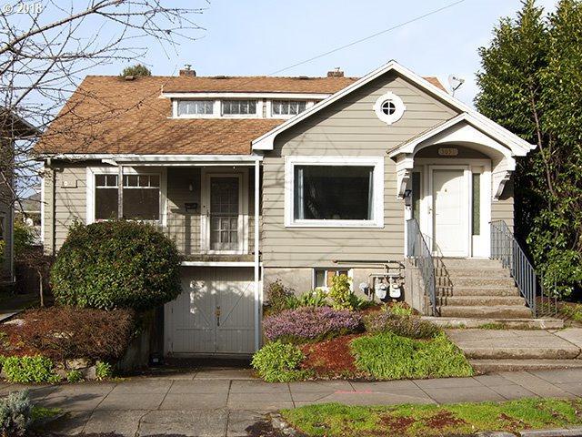 3049 E Burnside St, Portland, OR 97214 (MLS #18091648) :: Hatch Homes Group