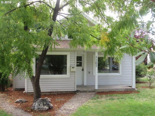 1107 E Jefferson Ave, Cottage Grove, OR 97424 (MLS #18116373) :: Harpole Homes Oregon