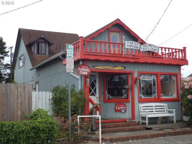 129 Nopal St, Florence, OR 97439 (MLS #18123200) :: R&R Properties of Eugene LLC