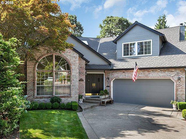 6044 Clairmont Ct, Lake Oswego, OR 97035 (MLS #18128973) :: Next Home Realty Connection