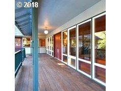 1804 Oak Knoll Ct, Lake Oswego, OR 97034 (MLS #18144681) :: Change Realty