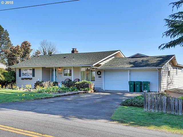 52988 E J Smith Rd, Scappoose, OR 97056 (MLS #18152063) :: Beltran Properties at Keller Williams Portland Premiere