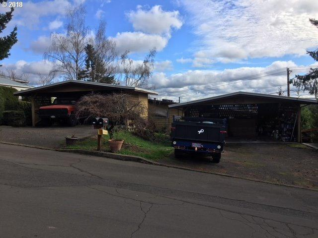 15166 SW 119TH Ave, Tigard, OR 97224 (MLS #18176539) :: Next Home Realty Connection