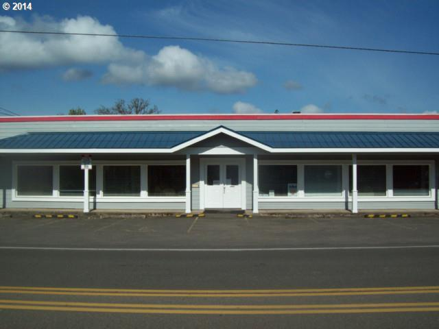 78314 Hwy 99, Cottage Grove, OR 97424 (MLS #18182689) :: Harpole Homes Oregon
