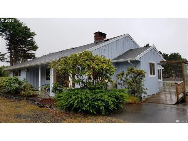 22913 Pacific Way, Ocean Park, WA 98640 (MLS #18185680) :: Cano Real Estate