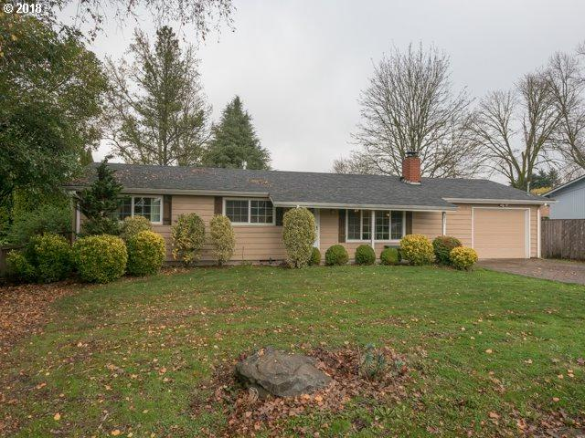 817 Sierra Vista Dr, Newberg, OR 97132 (MLS #18198804) :: McKillion Real Estate Group