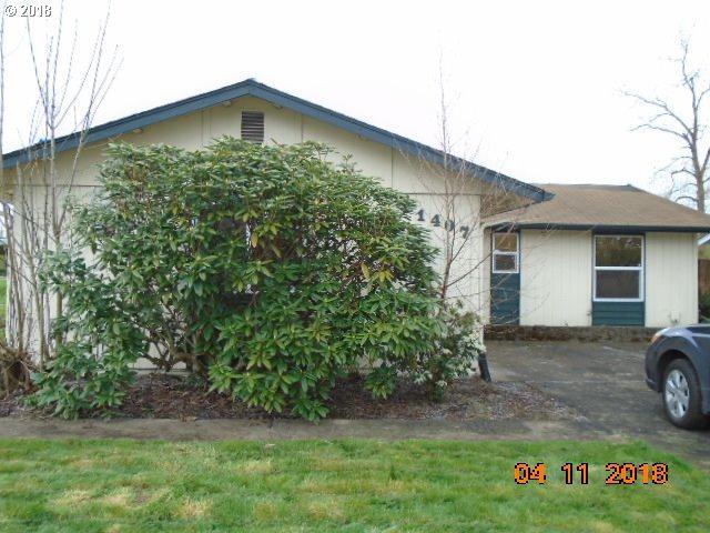 1407 32ND Ave, Longview, WA 98632 (MLS #18203718) :: Premiere Property Group LLC