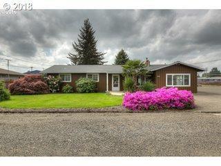3276 G St, Hubbard, OR 97032 (MLS #18207728) :: Stellar Realty Northwest